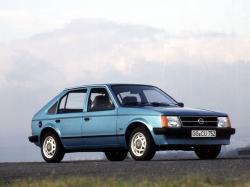 Opel Kadett wheels and tires specs icon