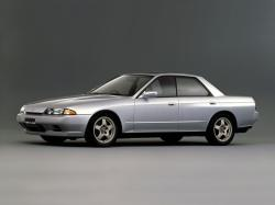 Nissan Skyline VIII (R32) Saloon