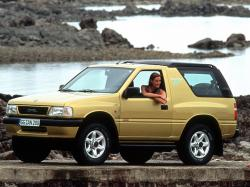 Opel Frontera A Closed Off-Road Vehicle