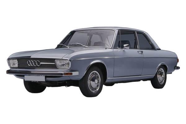 Audi 100 C1 Saloon