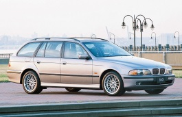 Автомобиль BMW 5 Series IV (E39) , год выпуска 1995 - 2004