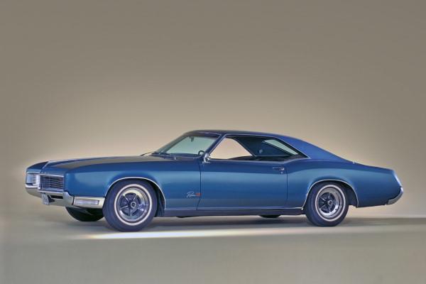 Buick Riviera II Hardtop