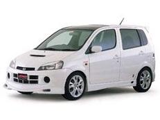Daihatsu YRV M200 MPV