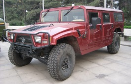 Dongfeng Mengshi Closed Off-Road Vehicle