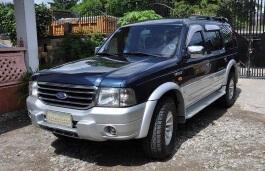 Ford Everest U268 SUV