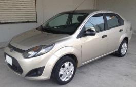 福特 Fiesta Ikon II 三厢