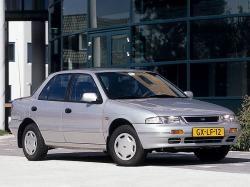 起亚 Sephia 輪轂和輪胎參數icon