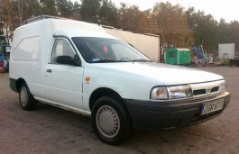 Nissan Sunny Box wheels and tires specs icon