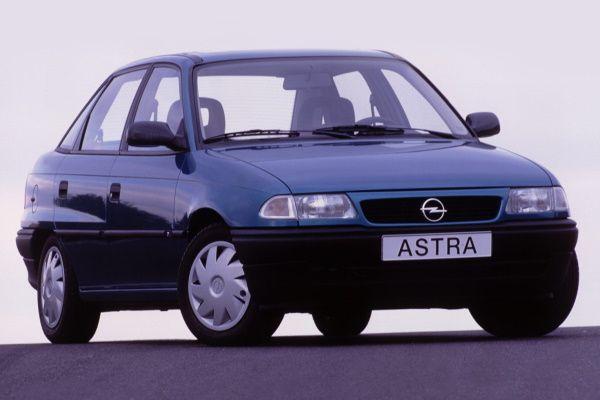 Opel Astra I F (T92) Saloon