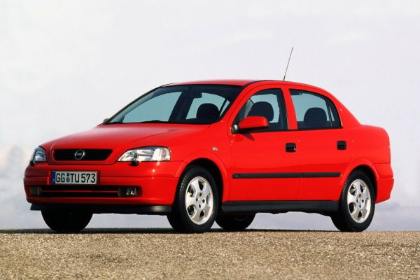 Opel Astra II G (T98) Saloon