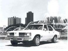 Pontiac Phoenix X-body I Saloon