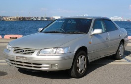 Toyota Camry Gracia wheels and tires specs icon