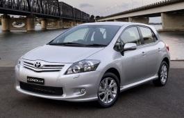 Toyota Corolla X (E150) Facelift Hatchback