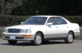 Toyota Crown IX (S140) Saloon