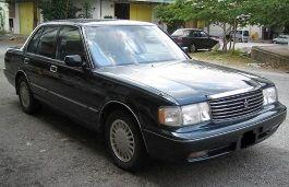 丰田 皇冠 VIII (S130) Facelift 三厢