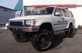 Toyota Hilux Surf II Closed Off-Road Vehicle