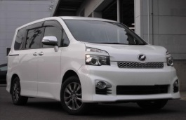 Toyota Voxy wheels and tires specs icon