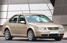 Volkswagen Bora (1J2) Saloon