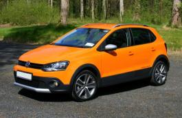 Volkswagen CrossPolo wheels and tires specs icon