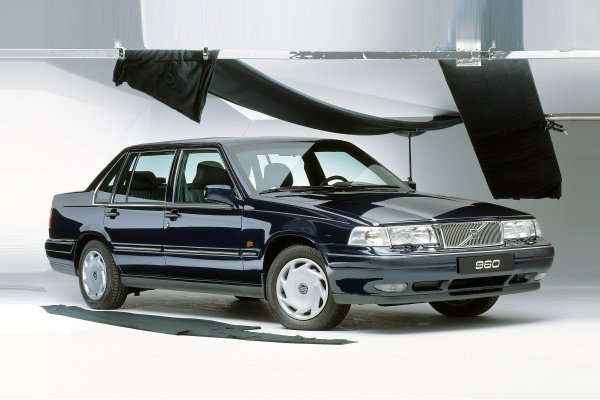 Volvo 960 wheels and tires specs icon