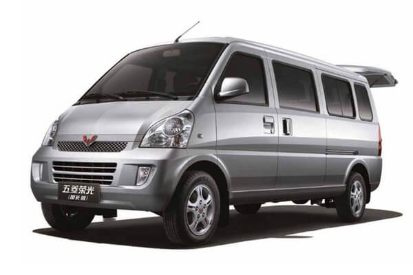 Wuling Rongguang Extended wheels and tires specs icon