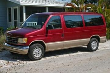 Ford E-350 Econoline IV Фургон