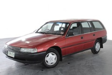 Holden Commodore II (VN) Универсал