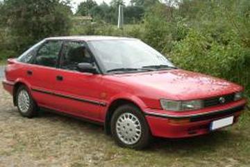 Toyota Corolla VI (E90) Liftback