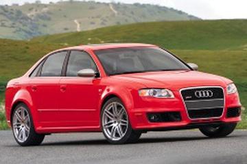 Audi RS4 B7 Седан
