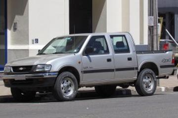 Chevrolet LUV Pickup Crew Cab