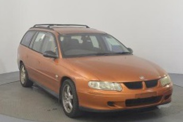 Holden Commodore III (VX) Универсал