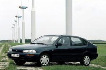 Toyota Corolla VII (E100) Liftback