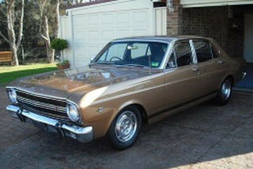 Ford Falcon XR Седан