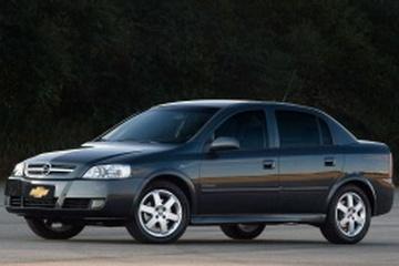 Chevrolet Astra II Facelift Седан