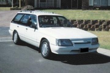 Holden Commodore I (VK) Универсал