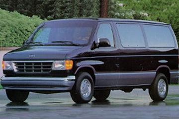 Ford Club Wagon IV Фургон
