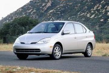 Toyota Prius I Facelift (XW10) Седан