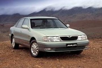 Toyota Avalon I Седан
